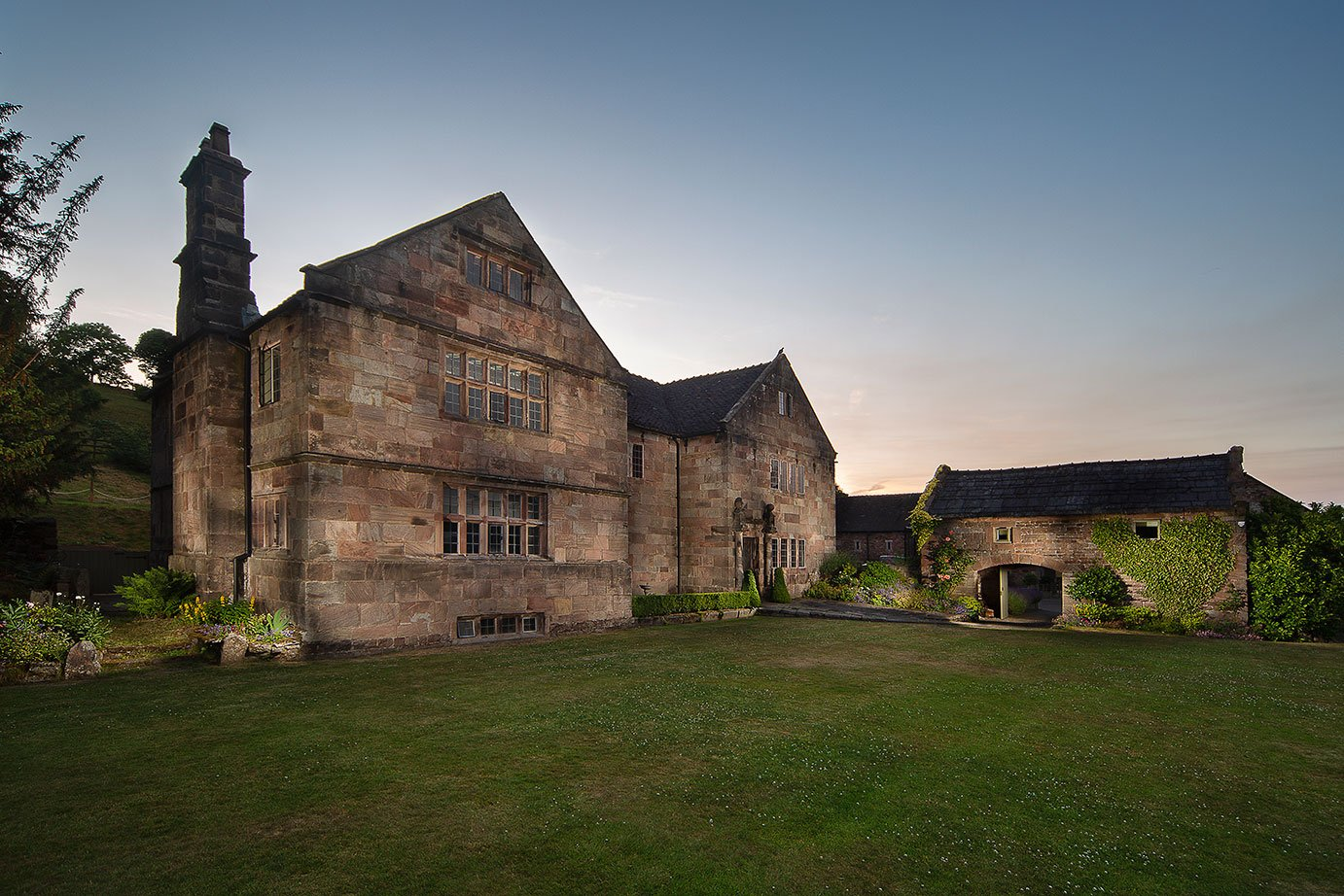 the-ashes-barns-and-country-house-DJ-Wedding-Disco-Photo-booth-dance-floor-sparks-dry-ice-confetti-love-letter-hire